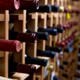 Como armazenar a garrafa de vinho?